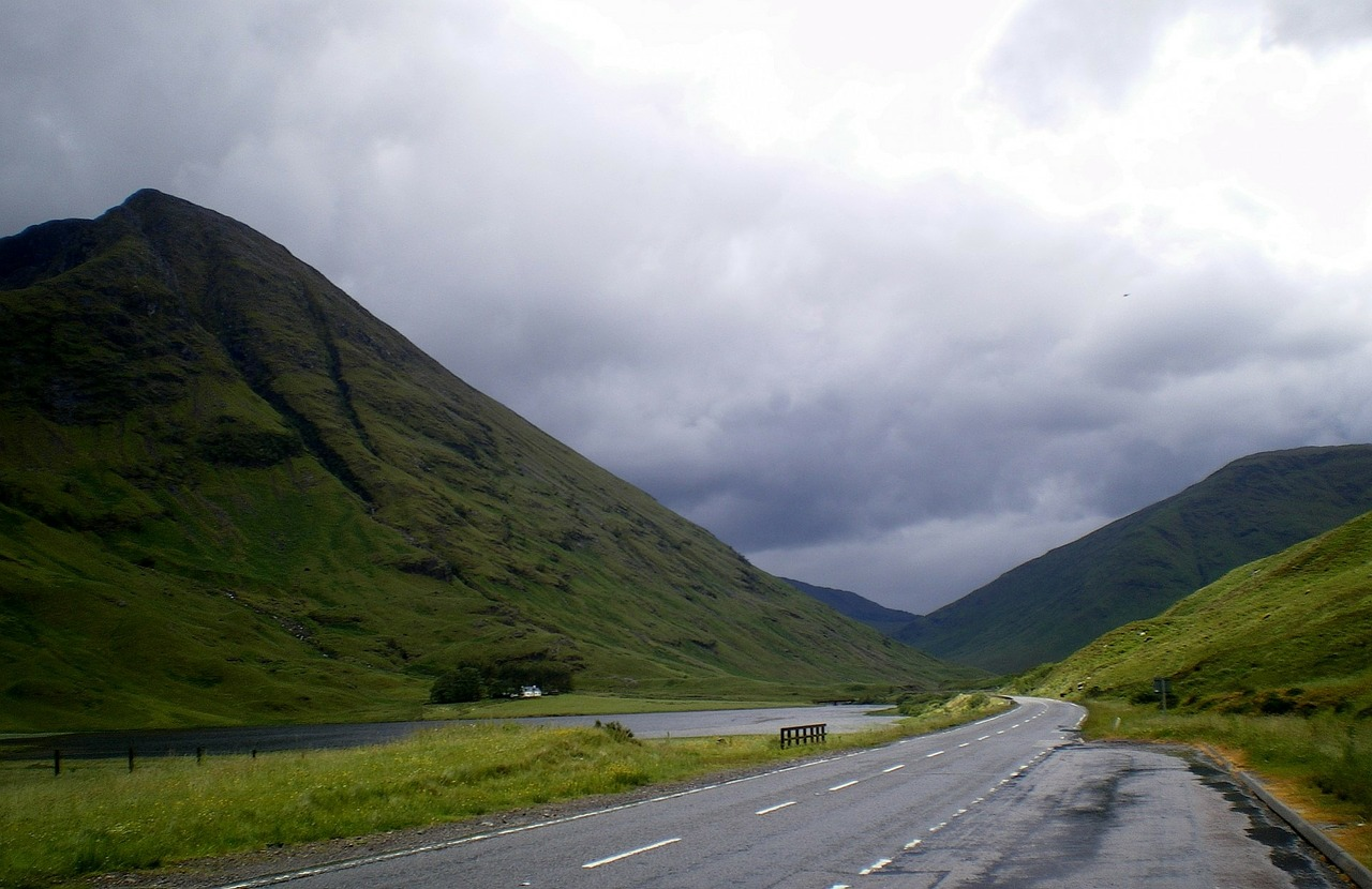 A82 road passes Glencoe